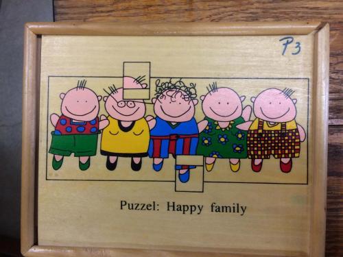 P3 - Houten puzzel happy family