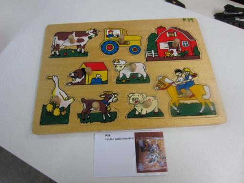 P39 Houten puzzel boerderij